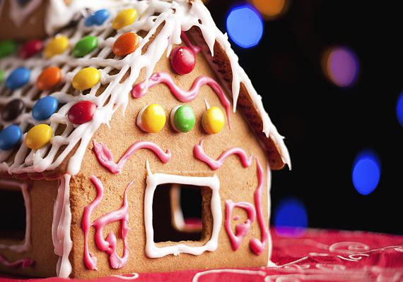 Az aprócska, cukorbevonatú csokigolyók nemcsak finomak, de dekorációnak is nagyon mutatósak a süteményeken.