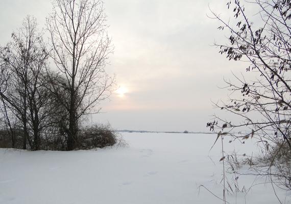 Az Alföldön télen-nyáron csend honol. Kattints ide a nagy felbontású képért! »