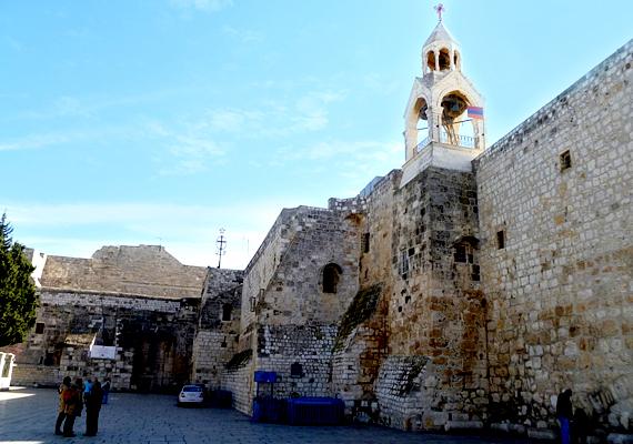 A Születés templomát 327-ben építették, azóta is számtalan ember látogat el ide évente.
