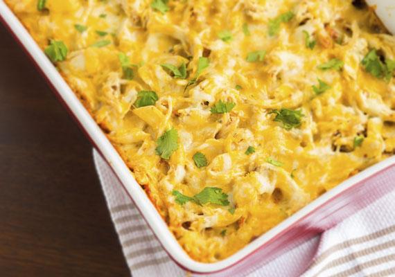 Szintén nem egy túlbonyolított étel a sajtos csirke, ráadásul gyorsan elkészülhetsz ezzel is, így nem rogysz majd le fáradtan az asztal mellé. Íme, a recept! »