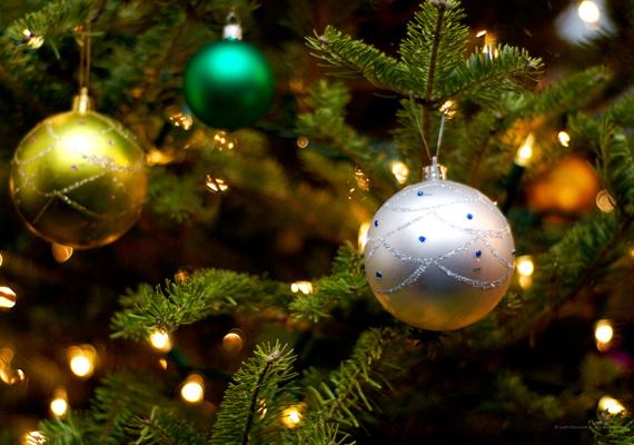 Te milyen színt használsz a karácsonyfa feldíszítéséhez? Kattints ide a nagy felbontású képért! »