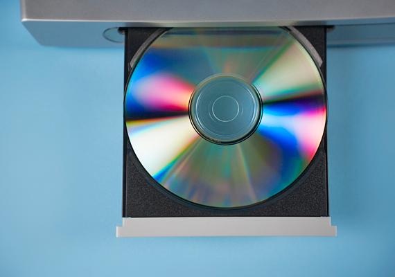 A cd-vel, dvd-vel, Blu-Ray lemezekkel nem foghatsz mellé, ha ismered az ajándékozott zenei, filmes ízlését.