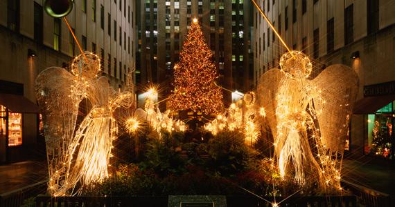 A Rockefeller Centernél álló karácsonyfát legalább egyszer az életben muszáj a saját szemeddel látni. A nagy felbontású képért kattints ide! »