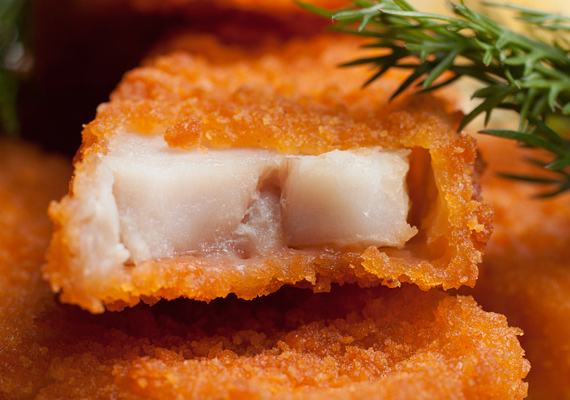A rántott hal bármilyen körettel tökéletes. Kattints ide a receptért! »