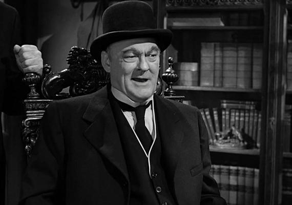 Az élet csodaszép című klasszikus film negatív figurája Oldman - Henry - Potter. A szívtelen háziúr ott keseríti meg a főszereplő George életét, ahol csak tudja, többek között a hitelt is megvonná tőle. Még az sem számít, hogy karácsony van.
