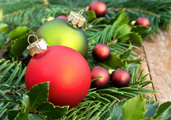 Piros és zöld: nincs karácsony a két szín nélkül. A háttérkép letöltéséhez kattints ide!