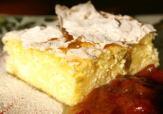 Ha a túró sütemények rajongója vagy, akkor a vargabélest muszáj kipróbálnod. Kattints ide a receptért! »