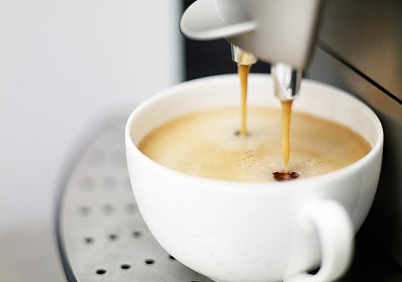 Bármilyen hihetetlen, a tíz tárgyat felsorakoztató listán helyet kapott a kávéfőző is, amit bármilyen extrával is felszerelhetsz.