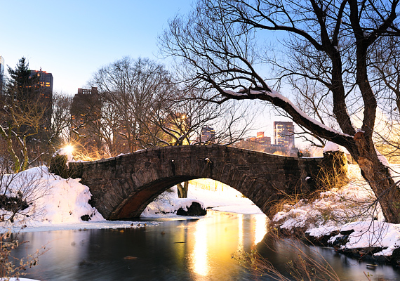 A New York-i Central Park a karácsony beköszöntével mesébe illő küllemet ölt.