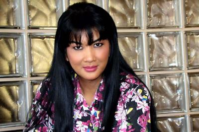 Lyn de Gara, imázsszakértő