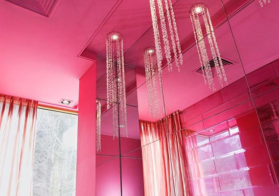 A túl sok rózsaszín az arra hajlamosokat hiperérzékennyé, saját maguk védelmére képtelenné teszi.