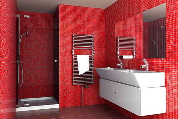 Ha valamilyen élénk, karakteres színt szeretnél használni a kis méretű fürdőszobában, válaszd a mozaikcsempét - az apró négyzetek a kis felületeken is jól mutatnak.