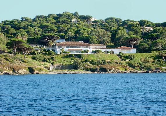 Bernard Arnault-é, a Louis Vuitton divatmárka tulajdonosáé ez a ház St. Tropez-ban.