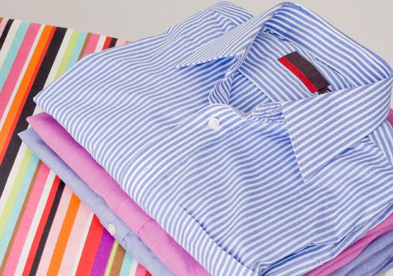 A blúzokat, ingeket célszerű 30-40 fokon mosni, különösen a műszálas darabokat, utóbbiak ugyanis magasabb hőmérsékleten könnyen besárgulhatnak.