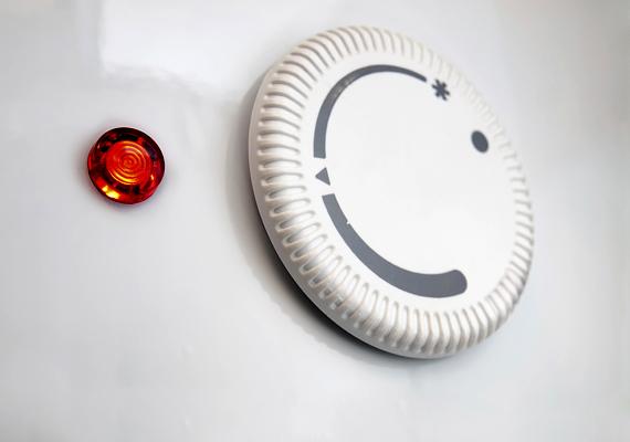 A villanybojler sem kíméli a pénztárcádat, különösen akkor, ha a hőszabályzót magasra tekered. Kattints ide, és nézd meg, mi az ideális beállítás, amivel még spórolhatsz is!
