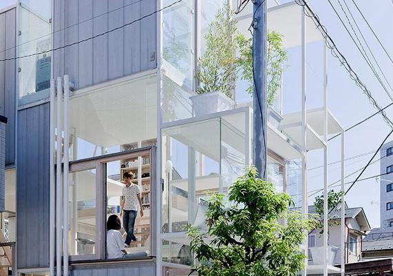 A Sou Fujimoto Architects egyik büszkeségének számító ház Tokió egy csendesebb városrészében kapott helyet.
