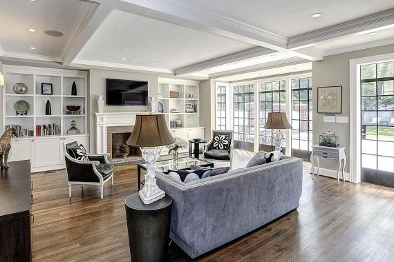 A ház jelenleg Bill Clinton egykori szóvivője, Joe Lockhart tulajdona, és több mint 6 millió dollárra becsülik piaci értékét.