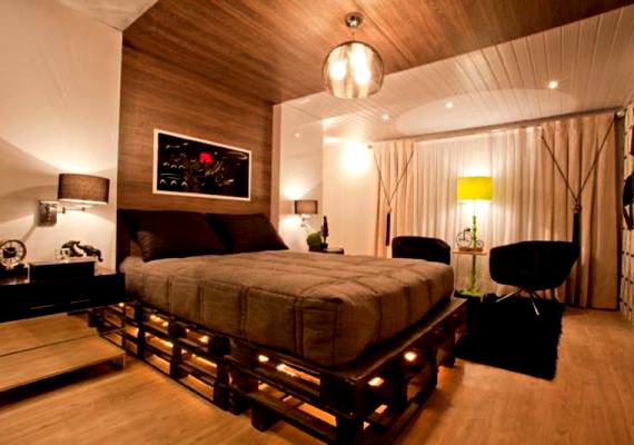 Számtalan verziója megtalálható az interneten a raklapokból készült bútoroknak is, az ágy például az egyik legnépszerűbb lehetőség.