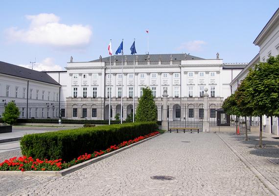 A varsói elnöki palota 1643 óta ékesíti Lengyelország fővárosát.