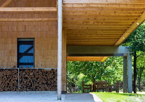 A tervezés során fontos szempont volt a nyugalom és az átláthatóság.