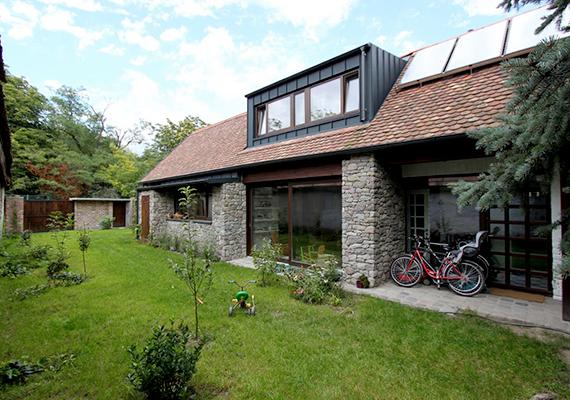 A zsűri szerint a szentendrei családi ház kiváló példája a modern hagyományőrzésnek.