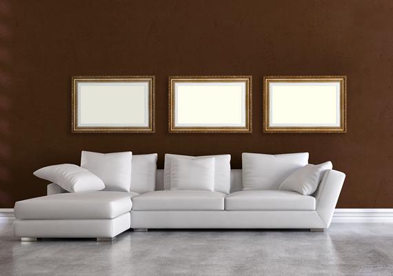 A barna a lakásban nagy felületen - különösen, ha az festett fal, nem pedig természetes, barna fa - komorrá és depresszióssá tehet.