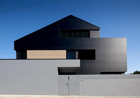 A fekete színt gyakran kombinálják különleges geometrikai megoldásokkal.