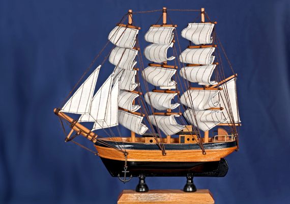 Szintén szimbolikus erővel bír a hajó alakja - legyen akár képen, akár makett formájában elhelyezve a területen -, akár egy új munkalehetőséget is bevonzhatsz segítségével.