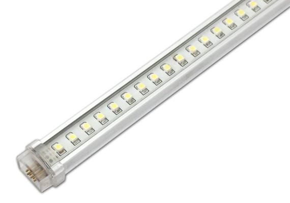 A LED-fényforrásoknak számos típusuk van, LED-fénycsővel például helyettesítheted a sokszor irritáló neoncsövek világítását. Ez a megoldás nemcsak a szemet kíméli, de a pénztárcádra nézve is könnyebbséget jelent. A LED-fénycső egyetlen hátránya, hogy csak nagy kiterjedésben ad igazán jó fényt, ezért elsősorban inkább olyan helyekre érdemes felszerelni, ahol - bár sokat ég a villany - nincs szükség nagyon erőteljes világításra.