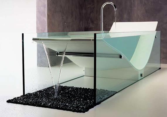 Ez a furcsa fürdőkád a világhírű építész, Le Corbusier előtt tiszteleg.