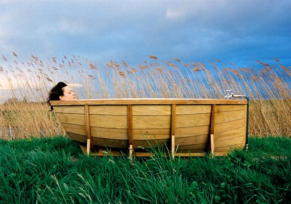 Az egyszerű, de annál mókásabb hajókád Wieki Somers holland tervező nevéhez köthető.
