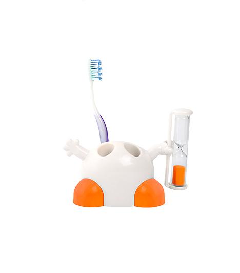 Fogkefetartó a Stile Interiótól A Stile Interio fogkefetartójához egy apró homokóra tartozik. Ha az időmérő szerkezetet elfordítod, akkor az jelzi, hogy mennyi idő van még hátra az alapos fogmosáshoz szükséges időből. A tartó két fogkefe elhelyezésére alkalmas.Kapcsolódó cikk:5 praktikus és higiénikus fogkefetartó »