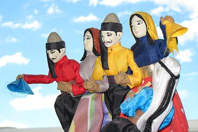 Táncoló szoborcsoport