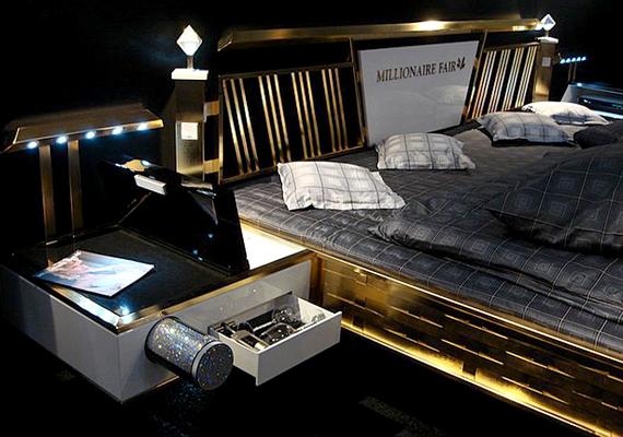 Ez a Jado Steel ágy szintén 24 karátos aranyból készült, emellett a legmodernebb technológiával szerelték fel, hogy megfeleljen a leggazdagabbak új, fiatal generációjának is.