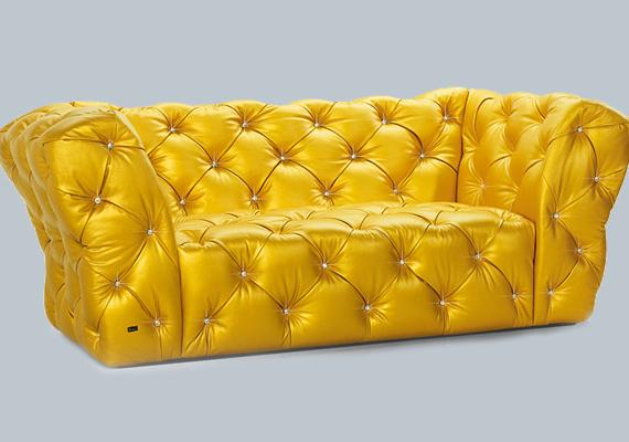 A német Bretz bútorcég is gondolt a luxus híveire, például ezzel az sárga, Swarovski kristályokkal kirakott kanapéval.