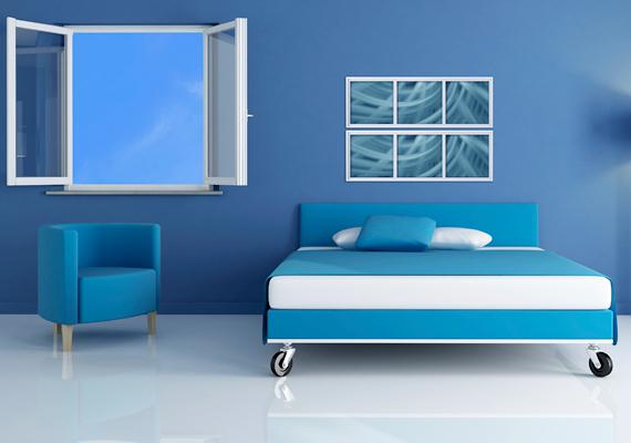 A felmérés egyértelmű győztese lett a kék szín, egy ilyen szobában az átlagos alvásidő majdnem nyolc óra - 7 óra 52 perc -, mely után garantált az örömteli, energikus ébredés is. Ez a szín állítólag jó hatással van a pulzusszámra és a vérnyomásra is.