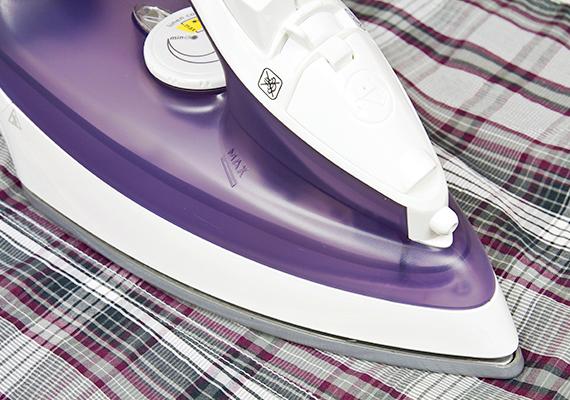 Az ecet a vasalást is megkönnyítheti, illetve a vasaló tisztításában, vízkőmentesítésében, karbantartásában is segít. Kattints ide, ha többet szeretnél tudni minderről!