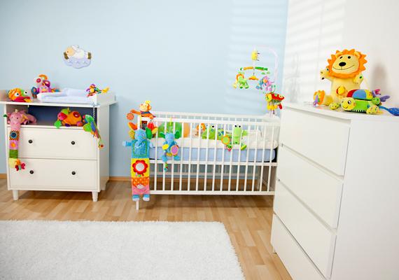A csecsemők szobájában legyen 23 fok.