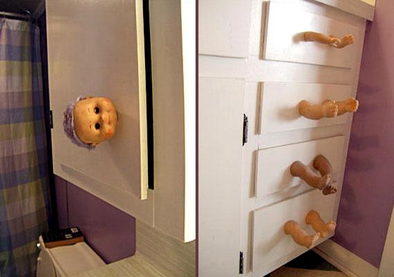 Bár akadhatnak, akik szerint mókás, inkább furcsa és morbid ötlet játék babák testrészeit felhasználni fogantyúk gyanánt.