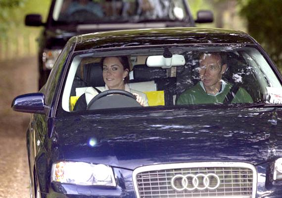Kate Middleton így hagyta el a szülői házat esküvője napján.