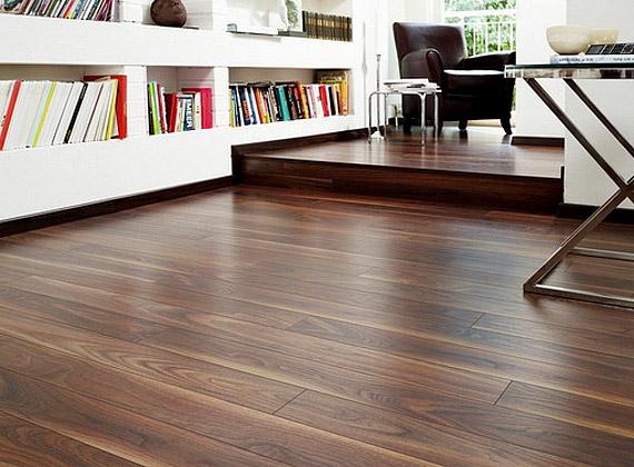 Duna parketta, dió laminált padló, akciós ár 4710 forint/négyzetméter.