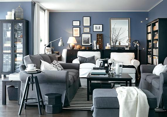 A kék színt 2012-ben egy kevés fémes, szürkés árnyalattal bolondítják meg a lakberendezési trendek útmutatói.
