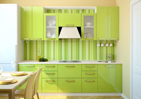 A legegyszerűbb konyhát is feldobhatod néhány színnel, a szekrények átfestésével vagy épp egy darab új tapétával.