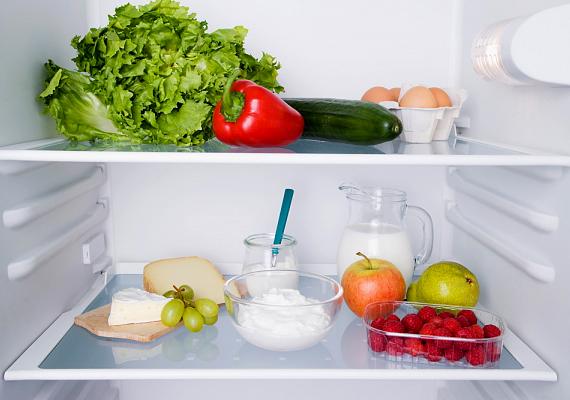 A hűtőben legyen elég hely az élelmiszerek között, hogy a hideg levegő szabadon áramolhasson.