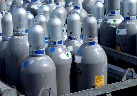 A PB-gázpalack fokozottan tűz- és robbanásveszélyes, ennek ellenére sokan választják ezt az alternatívát, például főzéshez. A palack gondatlan használata, például az elzárás hiánya, a nyílt láng közelsége, a szellőzésmentes helyiségbe állítás mind-mind felelősek lehetnek egy esetleges robbanásért.