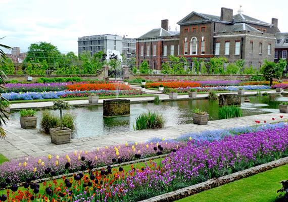 Lakshmi Mittal acélmágnás tulajdonában áll a lista negyedik helyezettje, a Kensington Palace Gardens negyedben található egyik ingatlan, melynek értéke 222 millió dollárra becsülhető.