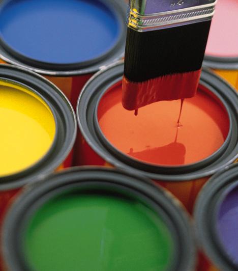 Túl sok erős színA színek terén mértékletességre kell törekedni. Az egymástól eltérő, túl sok és túl intenzív szín vibráló, idegesítő hatást kelt, mely mellett képtelenség pihenni és kikapcsolódni. Érdemes csak egyetlen színt használnod, illetve annak más és más árnyalatát.