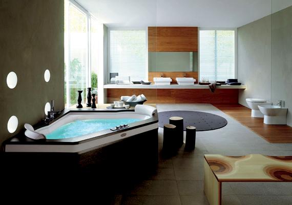 Letisztult dizájn, kényelmes jakuzzis kád és csodás kilátás a WC-ről, ez az igazi luxus.