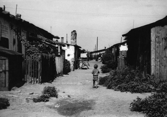 A ferencvárosi területen az első világháború után sebesült katonák számára hoztak létre ideiglenes barakkokat, később azonban egyre több szükséglakást építettek fel az igen rossznak számító budapesti lakáshelyzet miatt.
