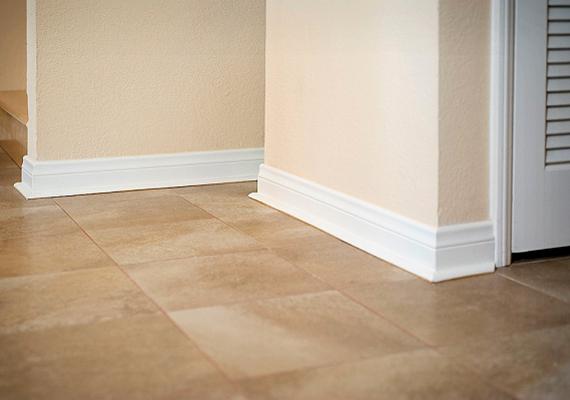 Az előbbihez hasonló okokból célszerű felmosni a padlót hideg vízzel.
